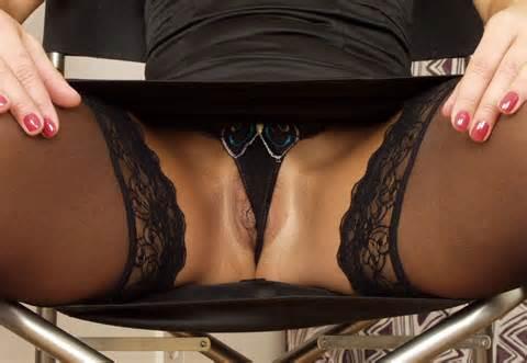 Upskirt Black Panties Lips Exposed