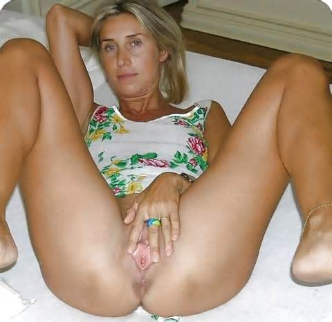 Sexy Housewives Amateur Wife Pussy