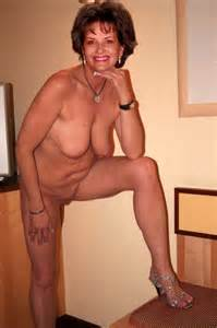 Older Ladies See Her Nice Pussy II E12tumblr Lr1zzhiGca1qidc36o1
