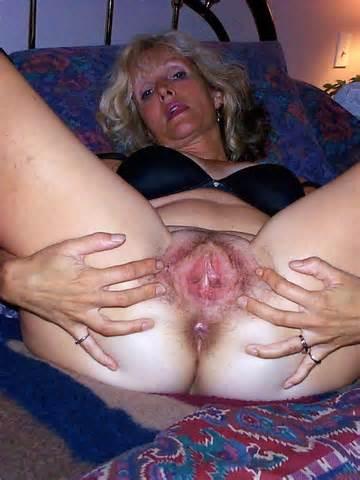 Mature Sluts Photos Pussy Open Spread Wide Ready Dev