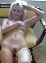 Amateur Naked Mom Pics Ndue Blonde Mom Semi Haired Pussy