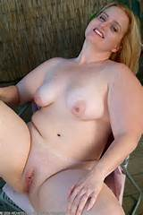 Mature BBW Gets Naked And Spreads Pussy Outside From All Over 30