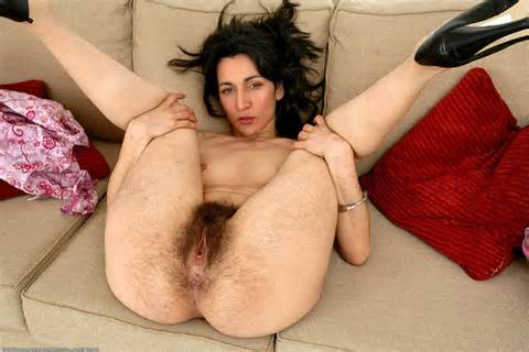 Licking Deep Legs Pussy Cunnilingus Image Uploaded By User