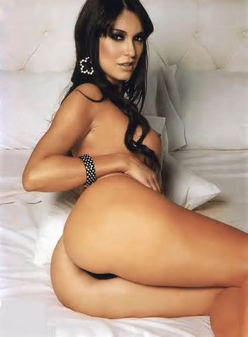 JotilSex Larissa Riquelme Strips Anyway