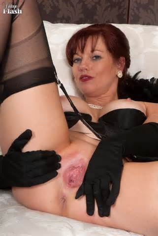 Sexy Pussy And Ass Spread Ass Big Tits Lingerie Mature Milf Pussy Red