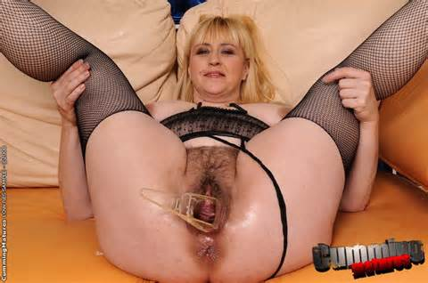 Mature Sex Fucking Machines Old Pussy Dildo Mature Movies By