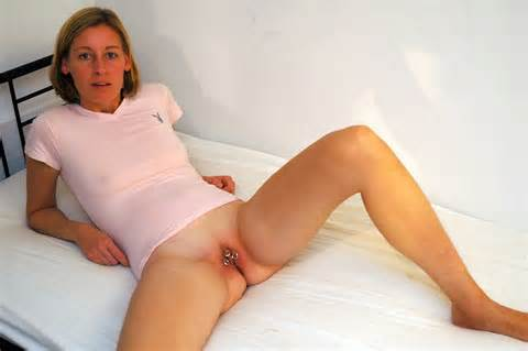 Pussy Amateur MILF Wife And Mother Sexy Fishnet Stockings Open Spread
